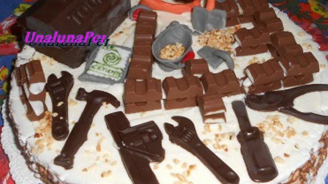 Torta muratore  in pdz,cioccolato fondente e kinder cioccolato